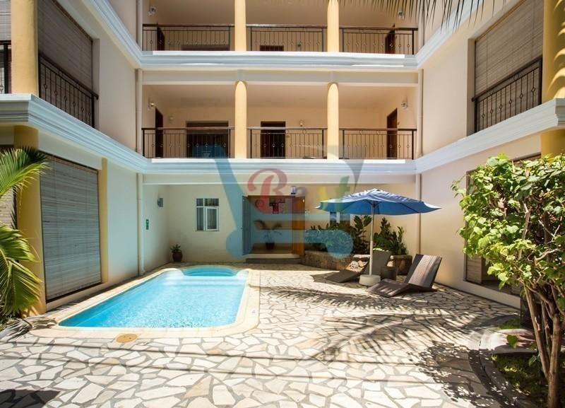 Residence Le palmiste pool