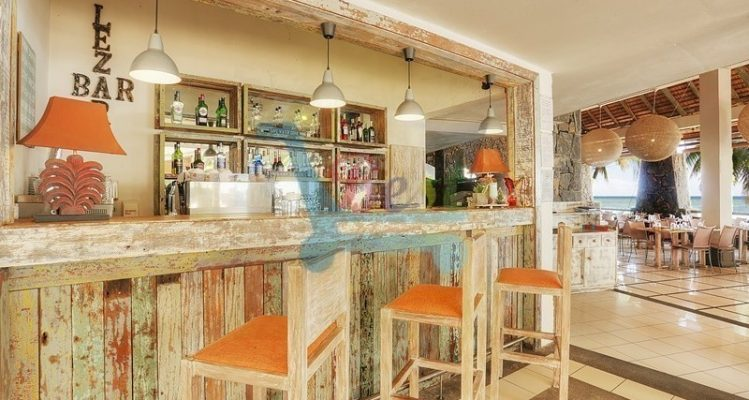 cocotier hotel Bar
