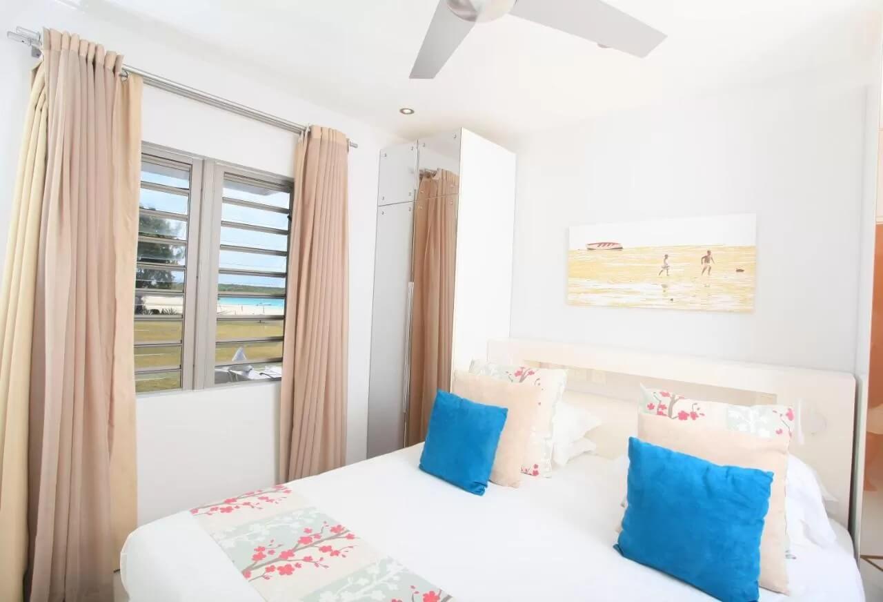 Paradise Beach room