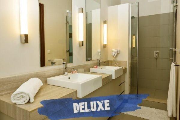 Esplanade Deluxe Bathroom