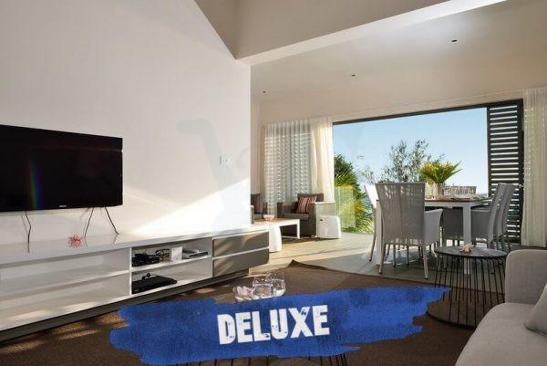 Esplanade Deluxe Tv Room