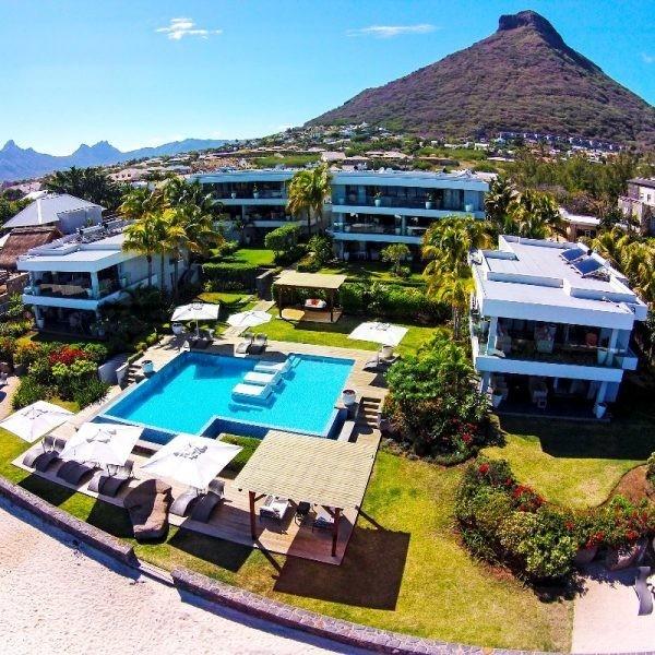 Leora beachfront Apartments Tamarin Mauritius