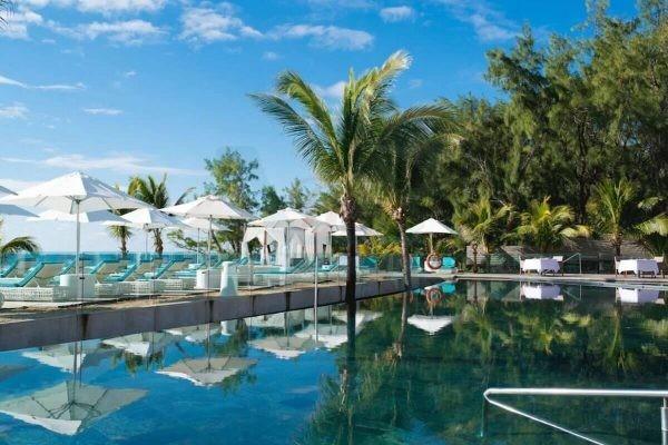 Radisson Blu Poste Lafayette Pool